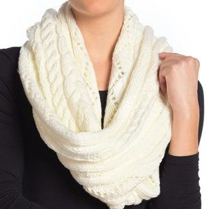 Michael Michael Kors Cable-knit Infinity Scarf O/s